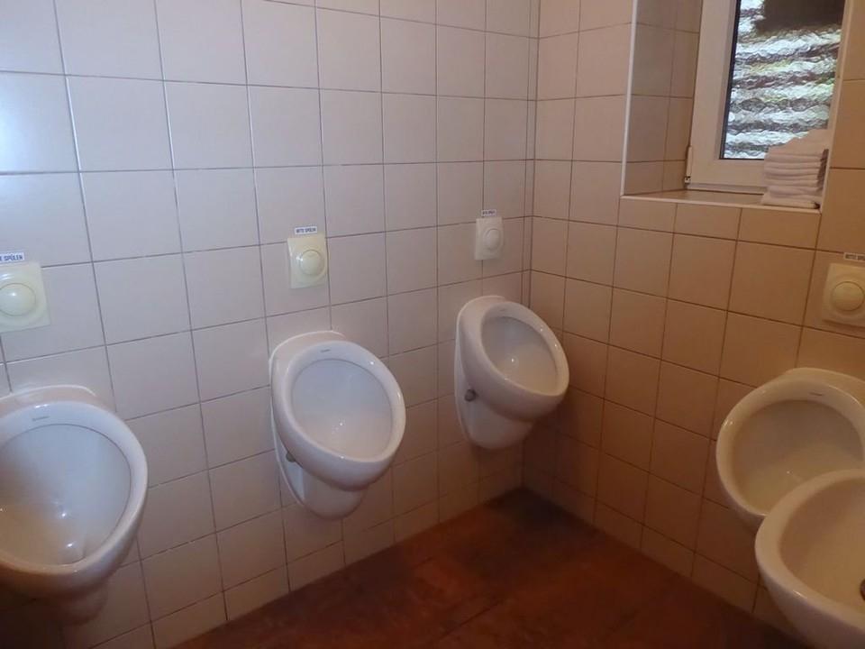 WC Herren